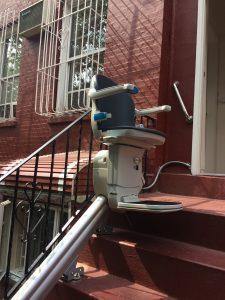 Handicare Outdoor 1000 Stairlift